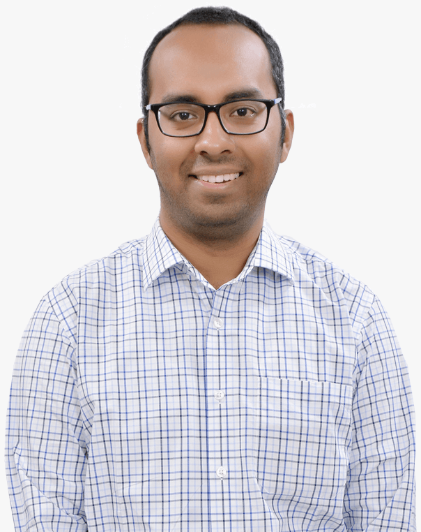 e-GMAT's Top Instructor Saquib Hasnain Front Facing Photograph