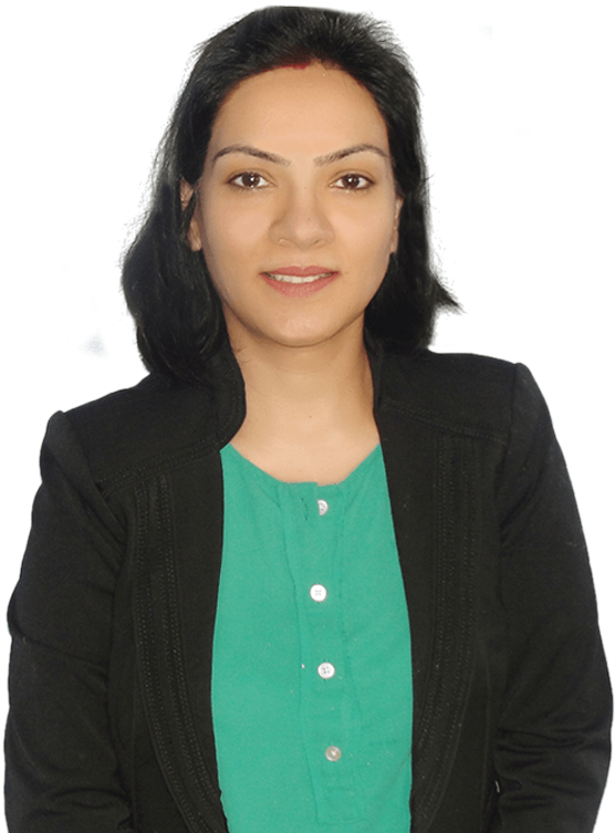 e-GMAT's Top Instructor Shraddha Jaiswal Front Facing Photograph